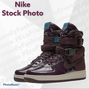 NIKE WMNS SPECIAL FIELD AIR FORCE 1 HIGH PORT WINE
